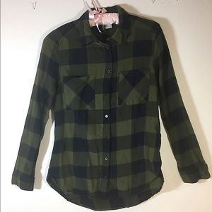 H and M plaid button down green flannel shirt.